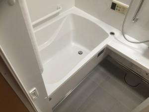 お風呂交換(洗面台交換、トイレ工事、シロアリ駆除含む)