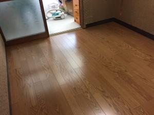 フローリング工事(床貼り替え工事、洗面台交換含む)