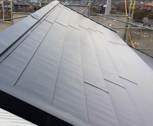 屋根上張り工事(外壁工事等含む)
