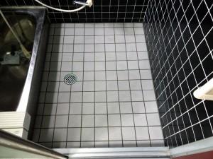 お風呂床タイル貼り替え工事